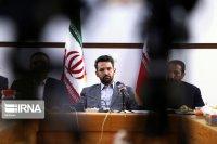 آذری جهرمی: ابر رایانه ایرانی آماده می شود